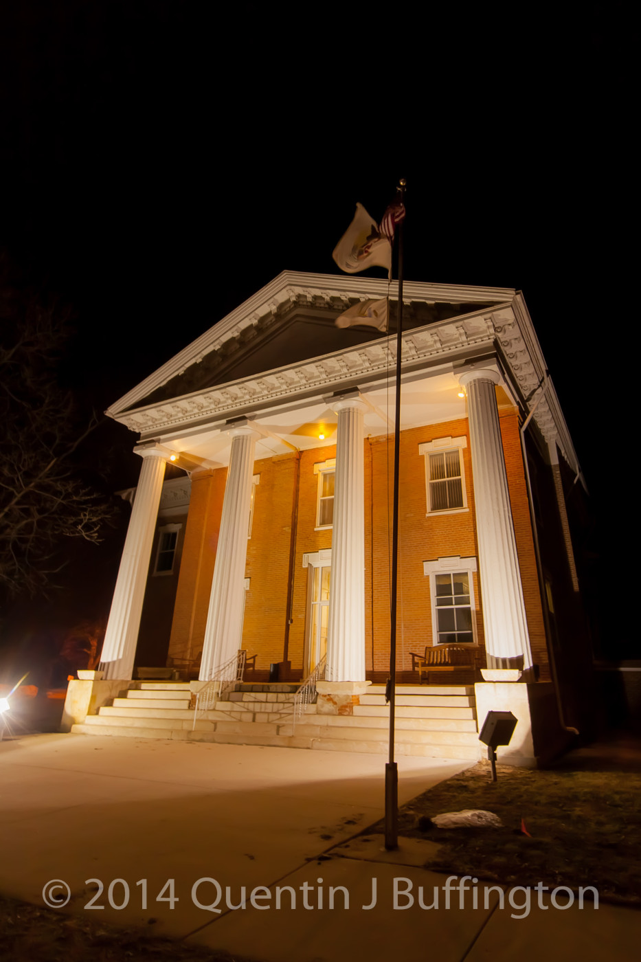 The oldest court house still in use in Illinois all lit up and waiting for another set of election results.